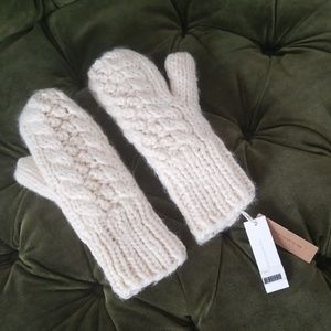 Look By M  Cream Warm, Knit Mittens - One size